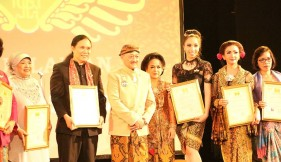 The Peace Experience honored by King of Indonesia